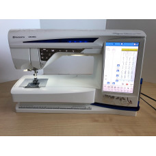 Husqvarna Viking DESIGNER DIAMOND ROYALE Sewing and Embroidery Machine Preloved